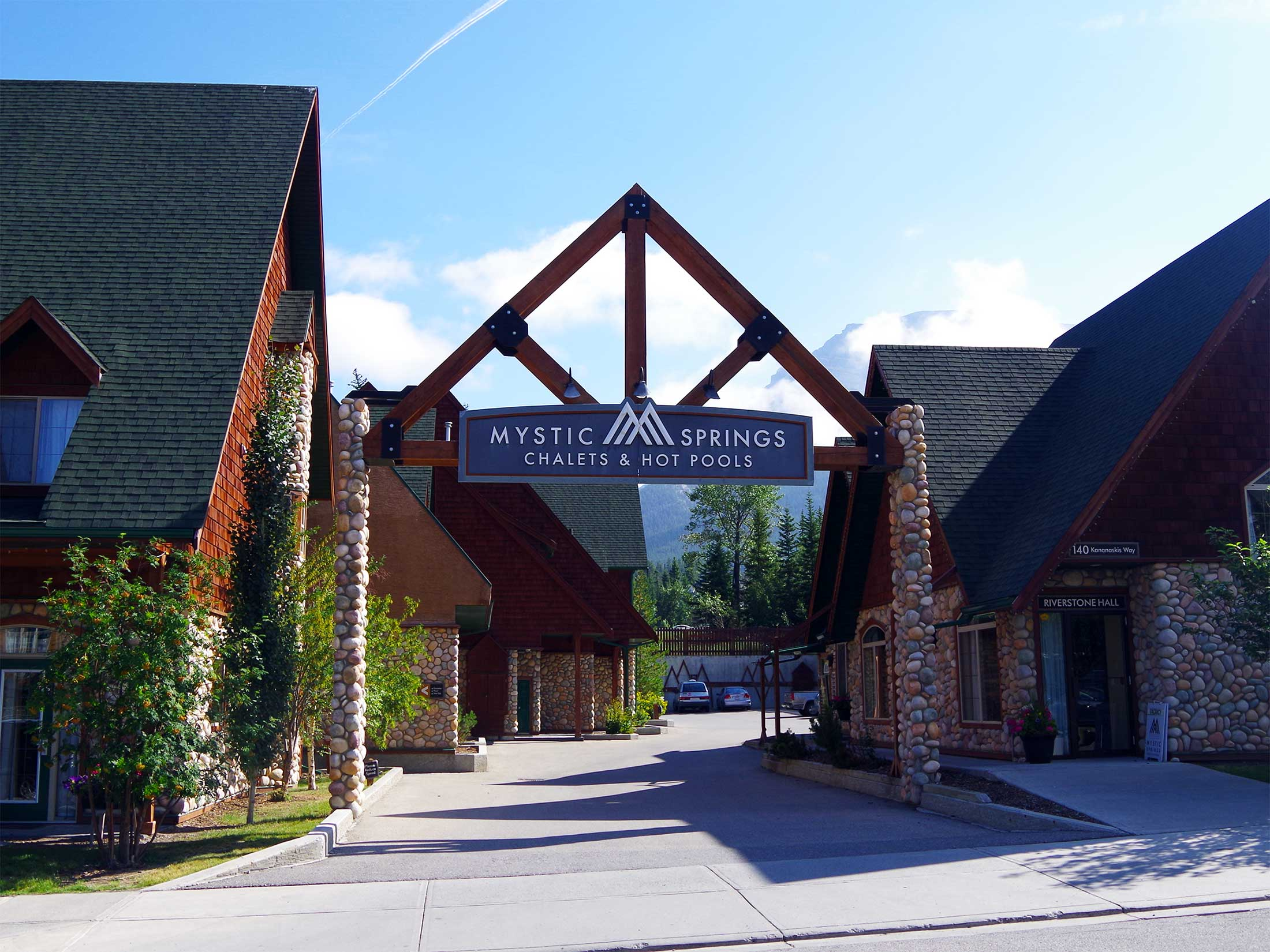 Mystic Springs - Hotels in Canmore, Alberta - Mystic Springs Chalets is home to Canmore's largest outdoor swimming pool and more than 40 luxury fully self-catering condo style hotel suites.
